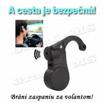 Zariadenie brániace zaspatiu za volantom